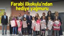 Farabi İlkokulu'ndan Öğrencilerine Hediye Yağmuru